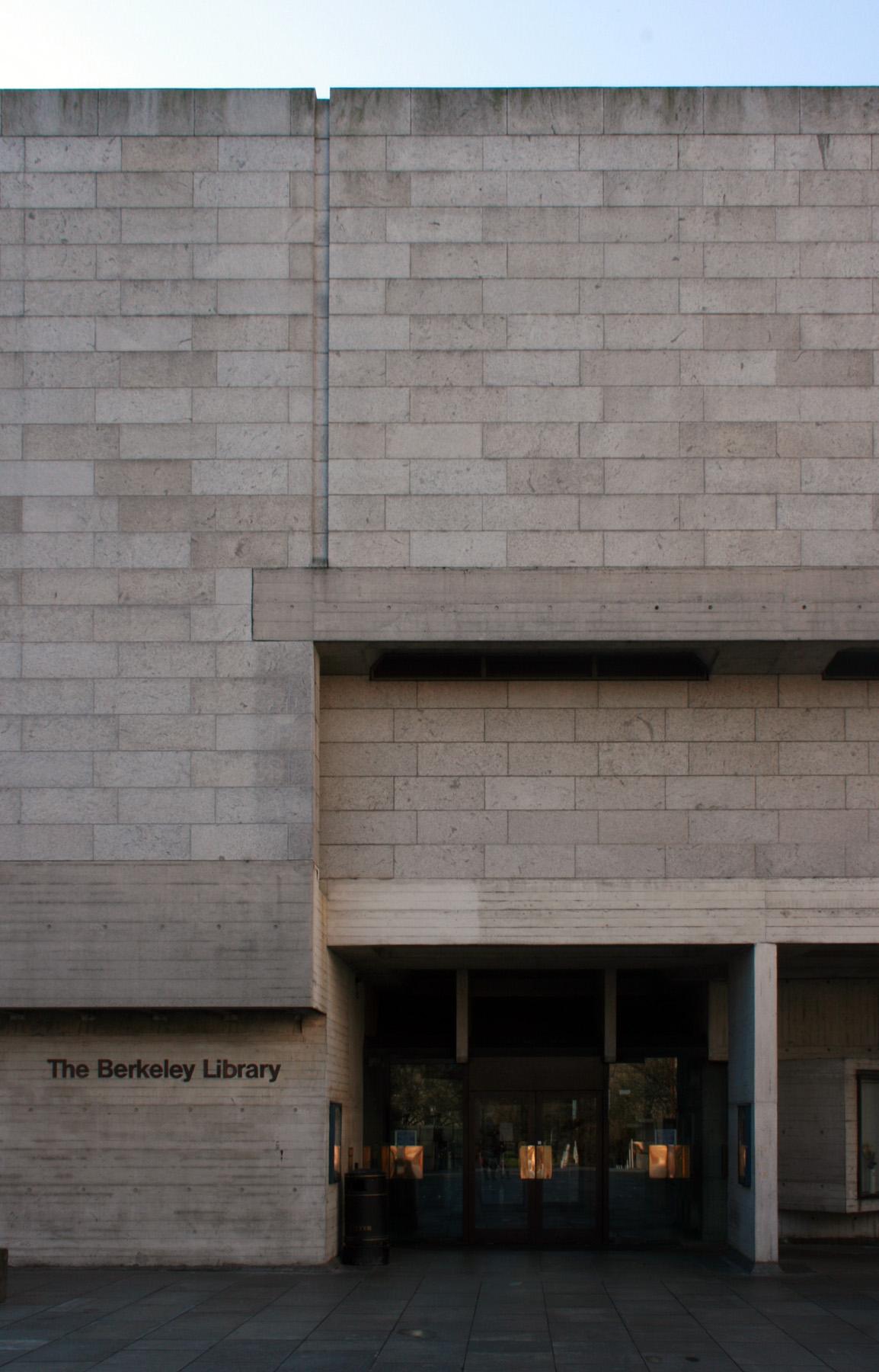 Berkeley Library Trinity College Dublin 2 Built Dublin