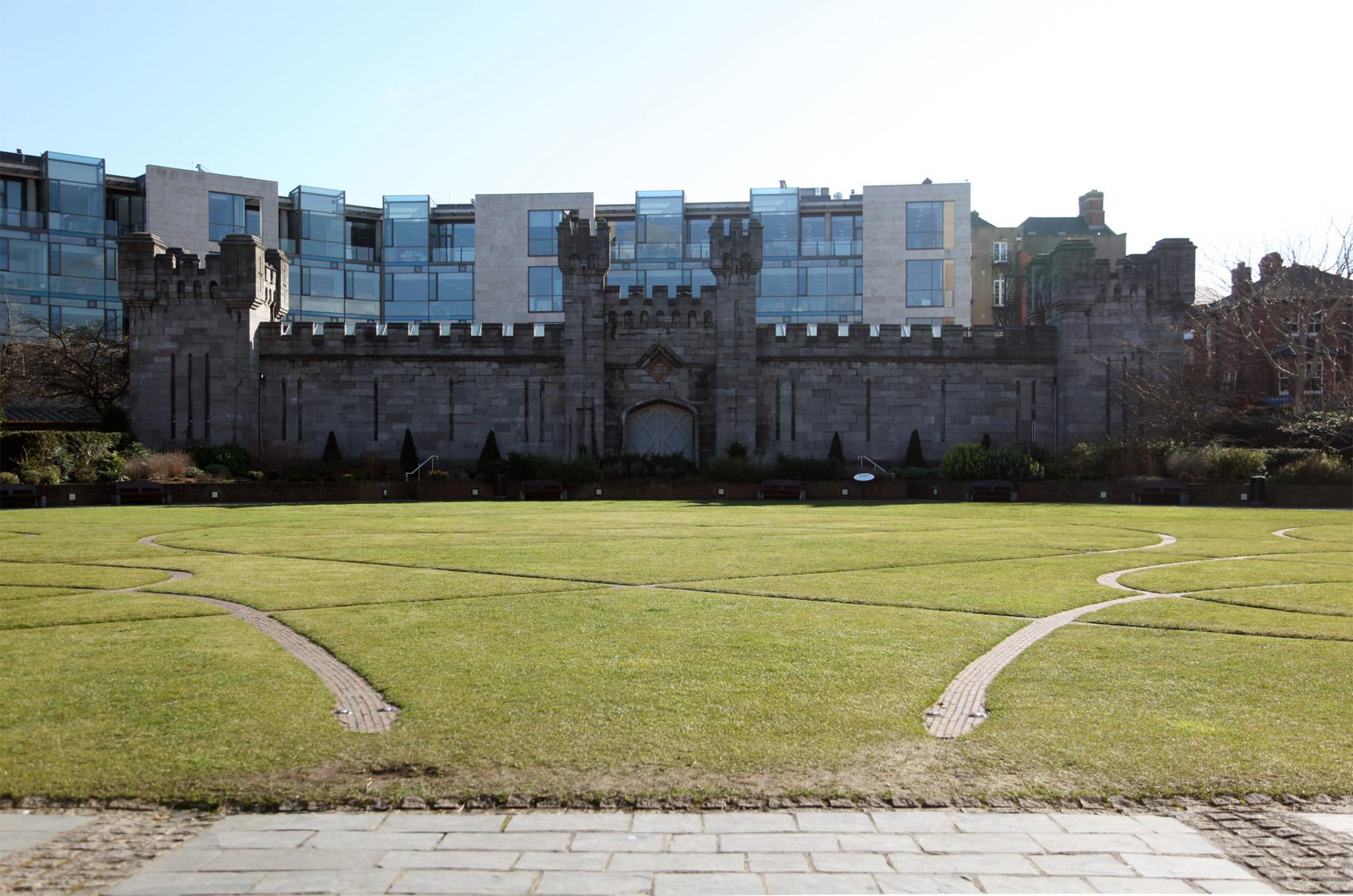 Dubhlinn Garden Dublin Castle Dublin 2 Built Dublin
